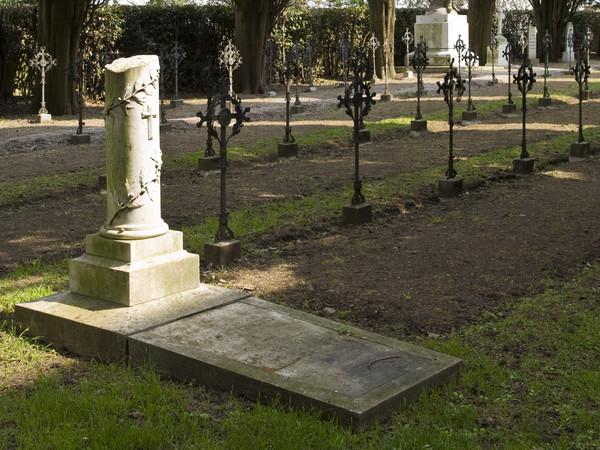 12873-12873_35_cimitero_eroi_aquileia
