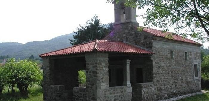 ARTEGNA (Ud), Chiesetta di San Leonardo.