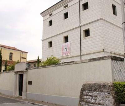 CODROIPO (Ud). Museo Archeologico e Villa Manin di Passariano.