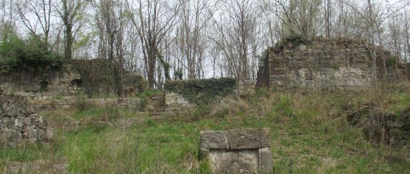 FAEDIS (Ud). Fraz. Campeglio – Il castello di Soffumbergo.