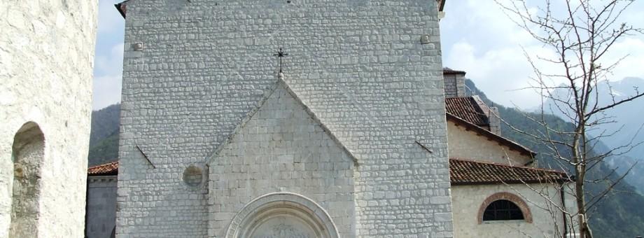 VENZONE (UD). Il Duomo.